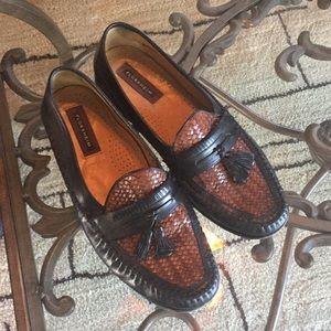 Florsheim loafers. Excellent condition. SIZE 12D